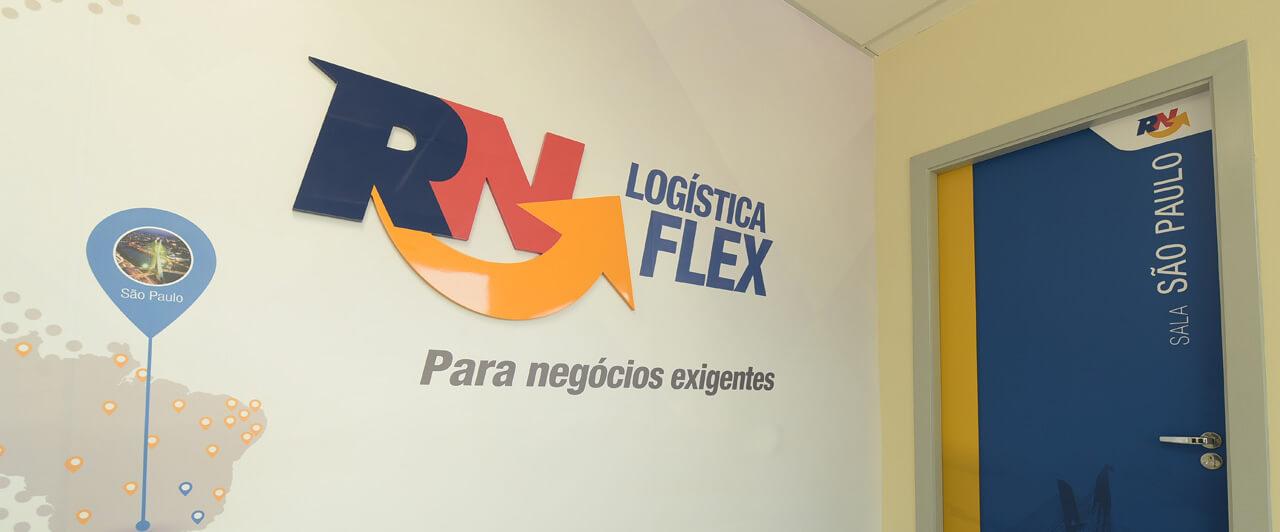 Sala de entrada e reunião da sede da RN Logística em São Paulo